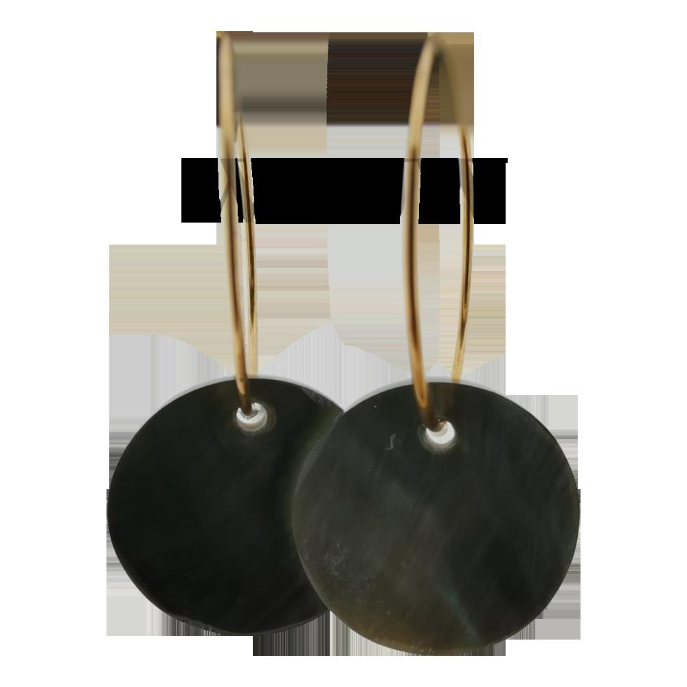 Oorbellen met schelp - Black lip 20mm goud